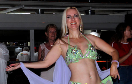 Belly dancer at Paradise Beach Oludeniz